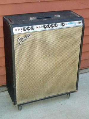 Fender_bassman_ten_640x480